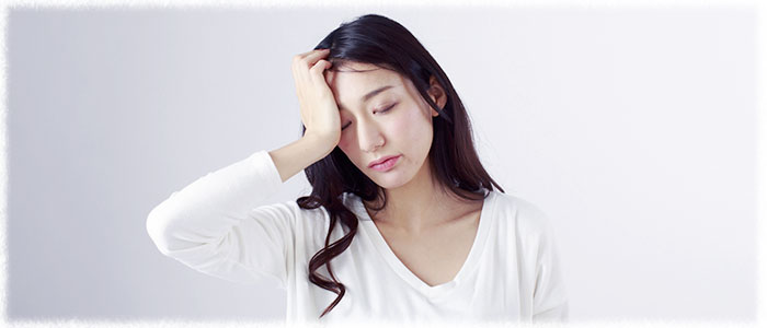 ストレスや睡眠不足など乱れた生活は乾燥肌を加速させることに…