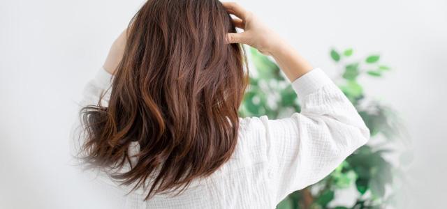 白髪を予防するヘアケア「頭皮マッサージ」