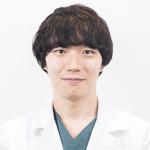 美容外科医・鈴木佳介先生