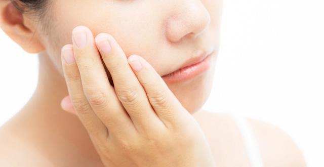 乾燥肌の方も年齢を意識して化粧水を選ぶのがおすすめ