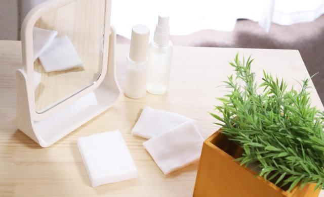 乾燥肌に効果的な化粧水の付け方