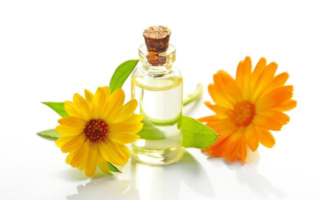 乾燥肌は高保湿な化粧品を選ぶ