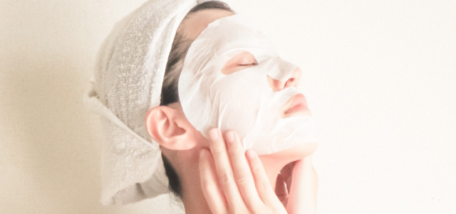 乾燥肌スキンケアにはフェイスマスクがおすすめ