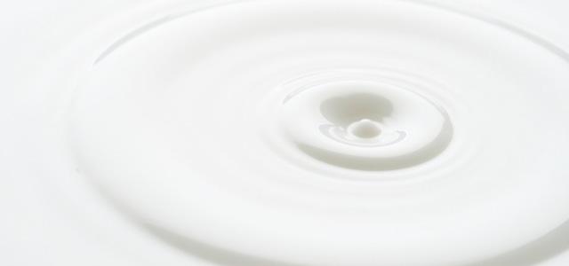 ファンデーションには乳液を混ぜるのがおすすめ